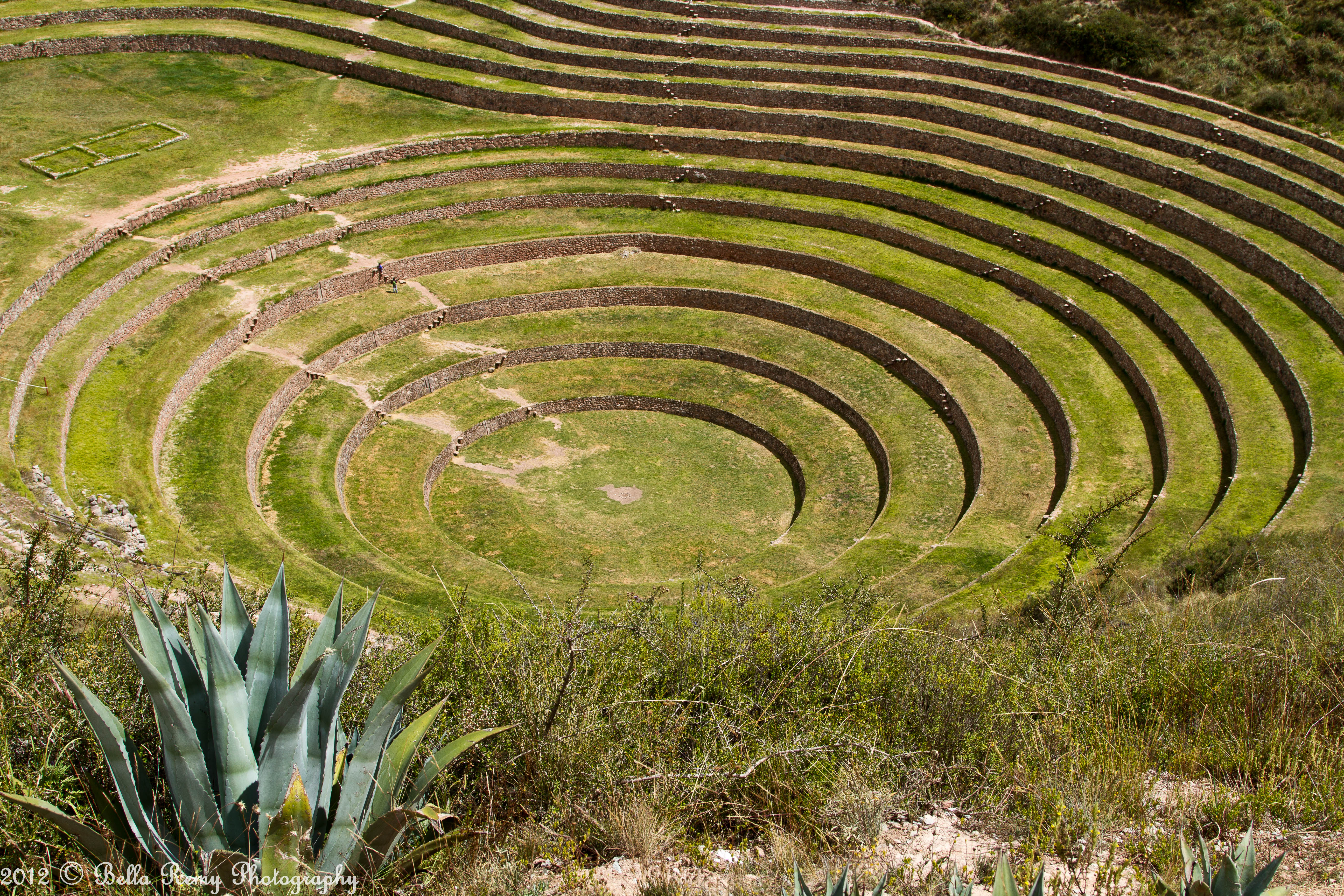 Moray an inca farmer s paradise hoof beats and foot prints for Terrace cultivation