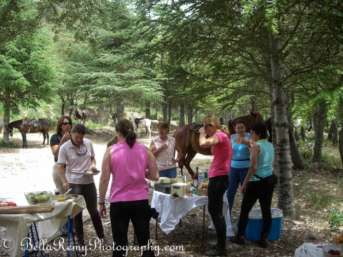 Picnic lunch on the trail - Provence